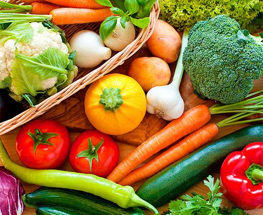 ケールや大麦若葉、モロヘイヤなど厳選した13種の野菜