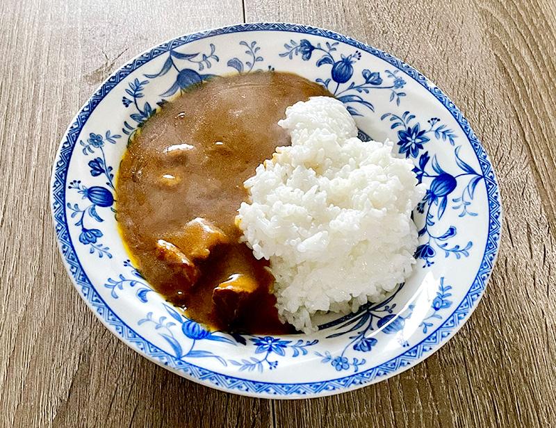 ご飯×低糖質カレー(糖質7.0g)