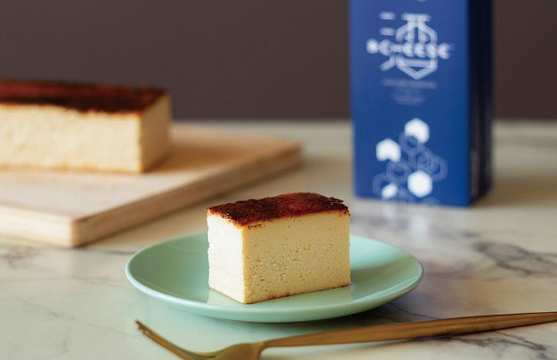 日本酒チーズケーキで低糖質!? 北海道の酒粕を使用した「&CHEESE SAKE」